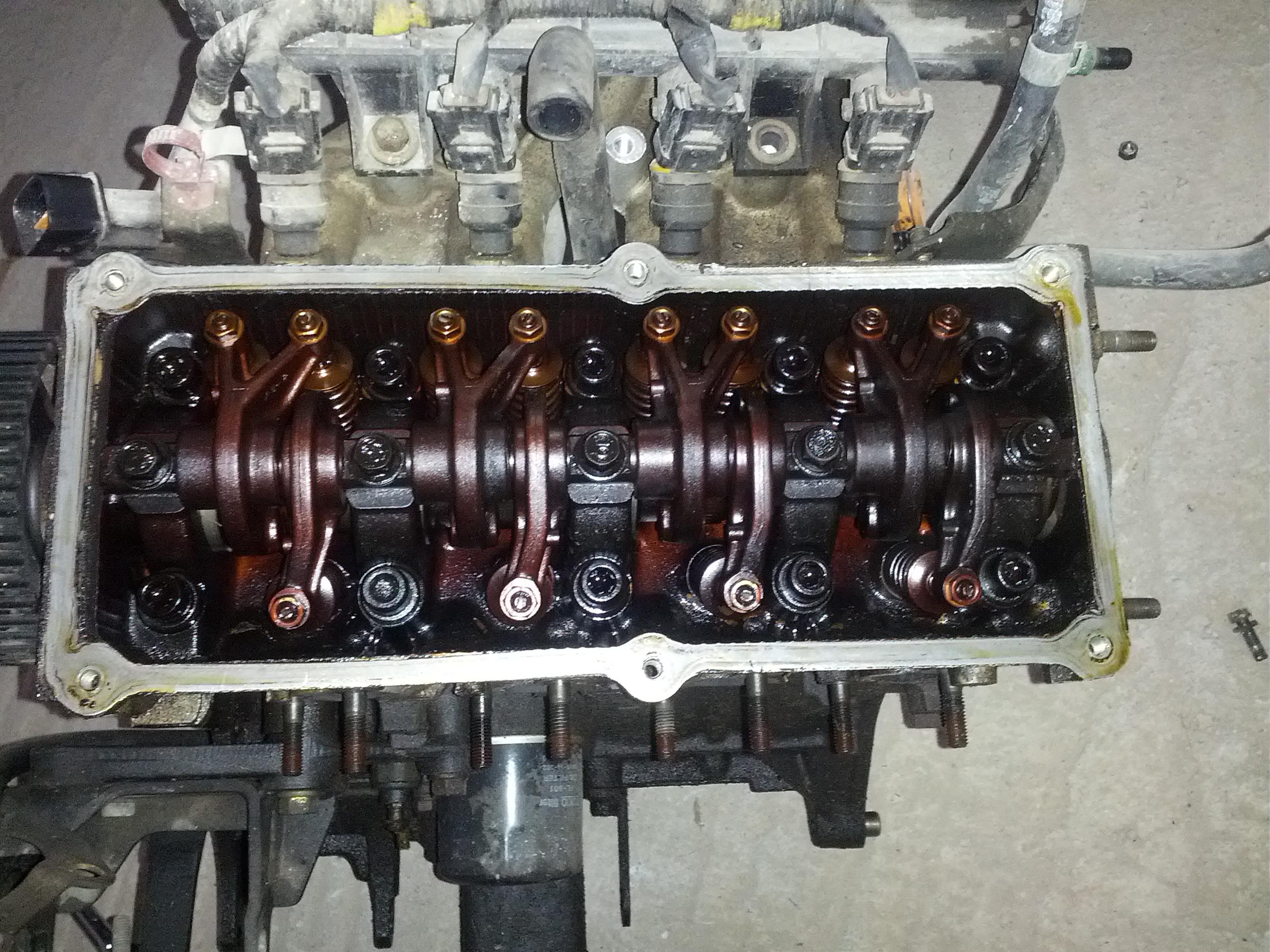 02-no-valve cover