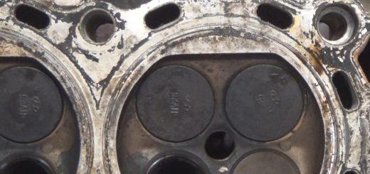 cylinder head valves